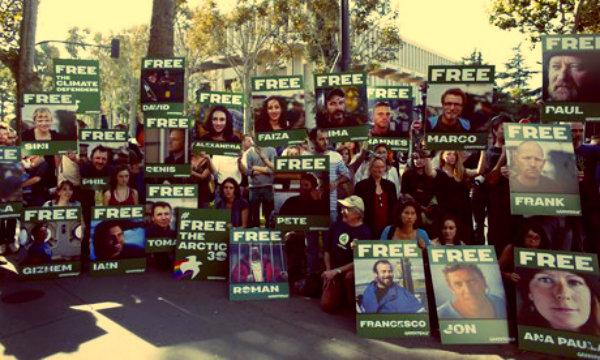 Greenpeace-activists-tuttacronaca-droga