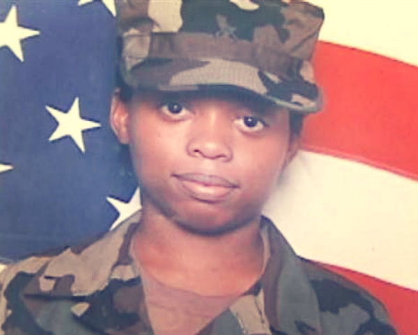 kimberly_walker_soldier_tuttacronaca