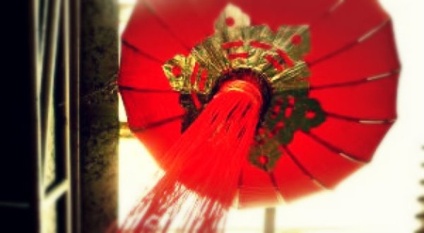 lanterna-cinese-bomba-tuttacronaca