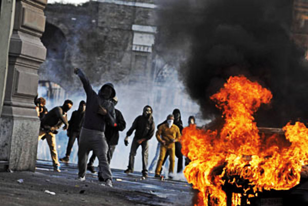 manifestazione-roma-tuttacroanca-scontri