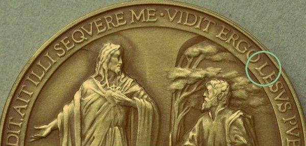 medaglia_commemorativa_primo_anno_pontificato_francesco_sbagliata-tuttacronaca