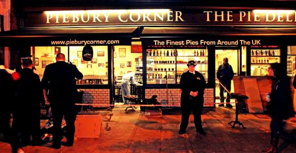 piebury-corner-arsenal-napoli-tuttacronaca