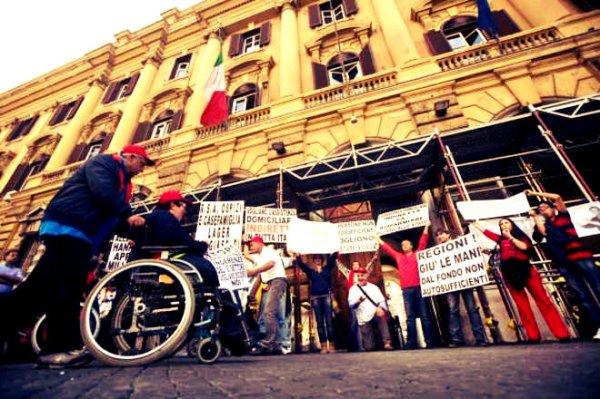 protesta-malati-sla-tuttacronaca