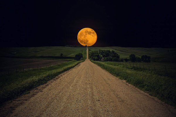 road-to-nowhere-supermoon-aaron-j-groen-tutatcronaca