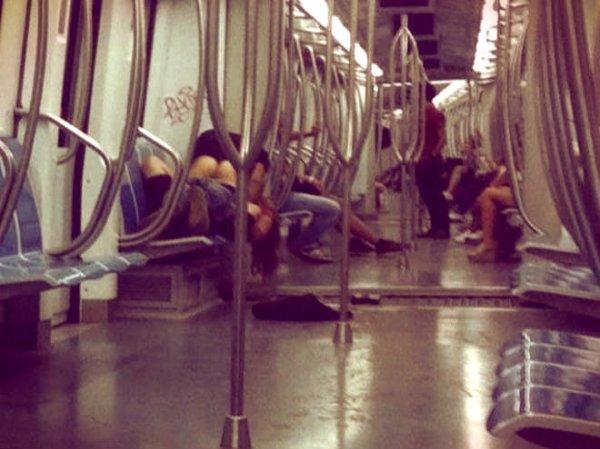 romafaschifo_sesso-metro-tuttacronaca