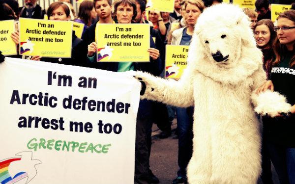 russia-greenpeace-tuttacronaca