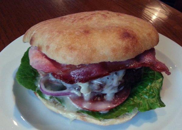 vigata-burger-tuttacronaca