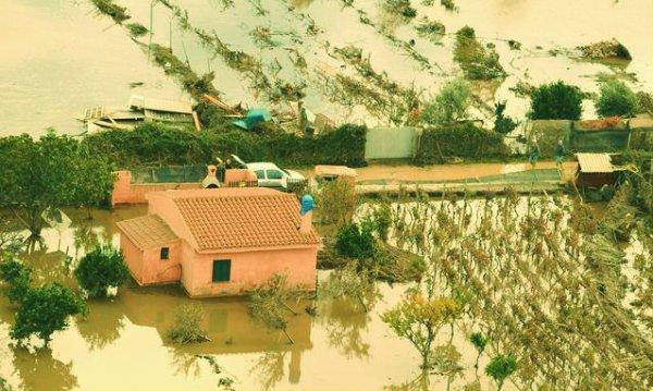 Alluvione-Sardegna-tuttacronaca-600-euro
