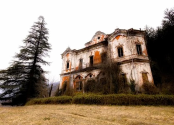 casa-rossa-tuttacronaca