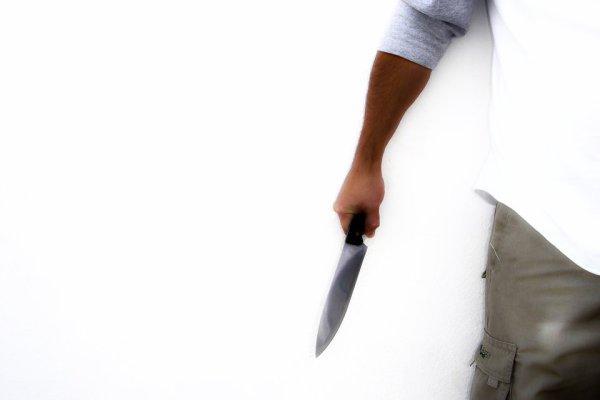 coltello-aggressione-gay-tuttacronaca