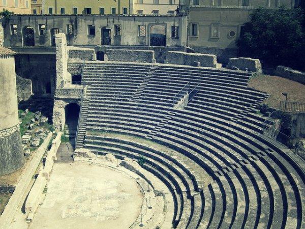 tuttacronaca-anfiteatro-spoleto