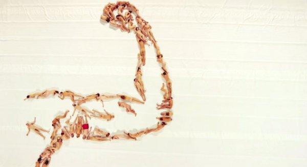 corpi-nudi-tuttacronaca