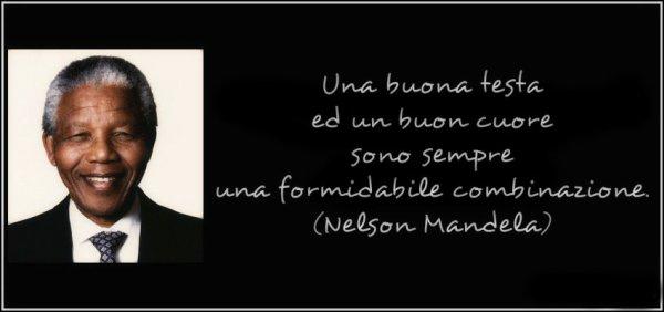 frase-una-buena-cabeza-y-un-buen-corazon-son-una-combinacion-formidable-nelson-mandela-120648