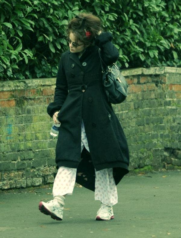 Helena Bonham Carter-pigiama-tuttacronaca-vestito