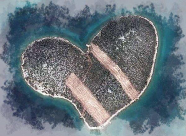isola-cuore-tuttacronaca