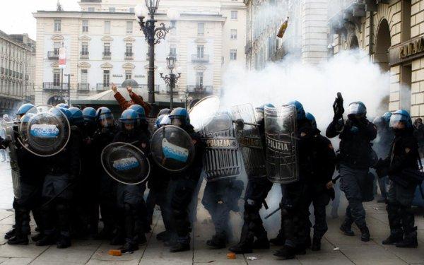 protesta_forconi_agenti_torino_tuttacronaca