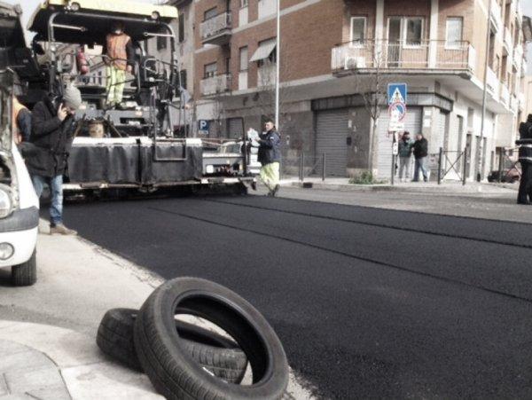 asfalto-pneumatici-tuttacronaca