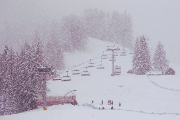 cortina-neve-record-tuttacronaca