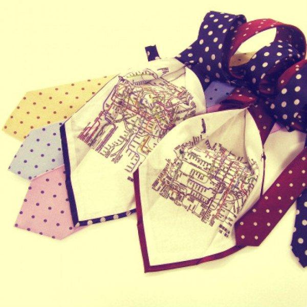 cravatta-praga-metropolitana-tuttacronaca