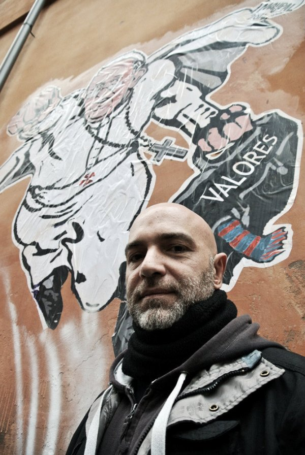 graffito-papa-superman-tuttacronaca
