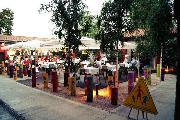Il giardino esterno-sirani-tuttacronaca