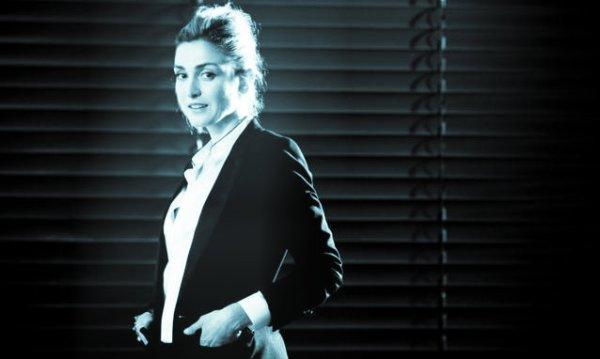 Julie-Gayet-chi-e-l-attrice-amante-di-Francois-Hollande_incinta-tuttacronaca