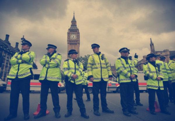 London_Police_Officers-tuttacronaca