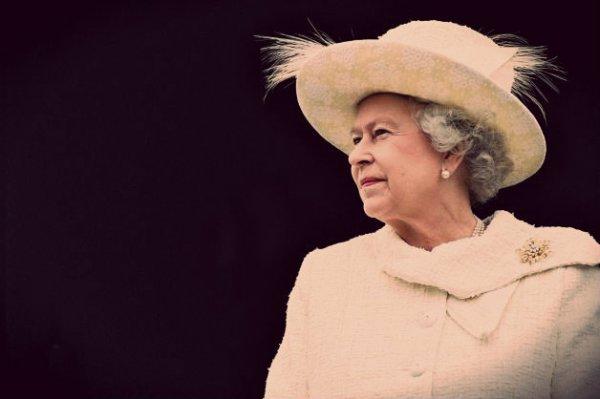 Regina-Elisabetta-tuttacronaca