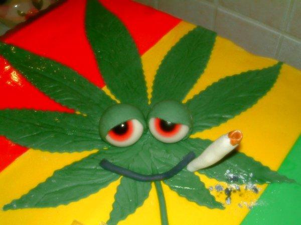 torta-hashish-tuttacronaca