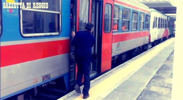 treno-porte-bloccate-tuttacronaca