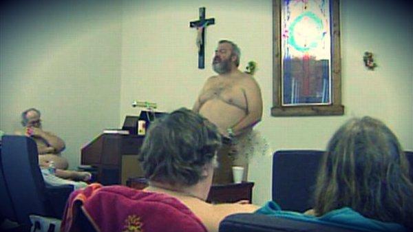 chiesa-nudisti-tuttacronaca