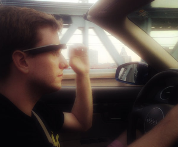 chris-barrett-google-glass-tuttacronaca