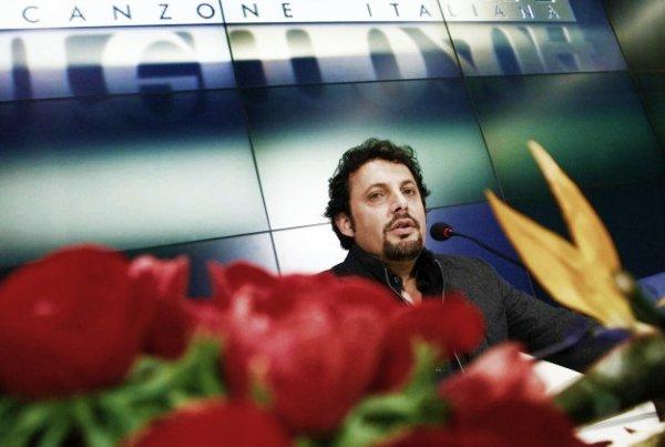 enrico-brignano-conferenza-stampa-sanremo-2014-tuttacronaca
