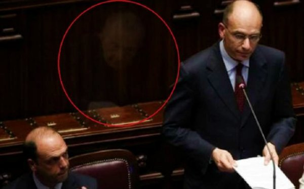 fantasma_montecitorio-tuttacronaca