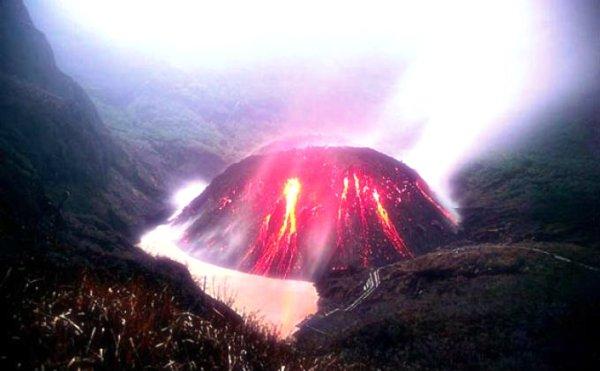 kelud-tuttacronaca-indonesia-eruzione