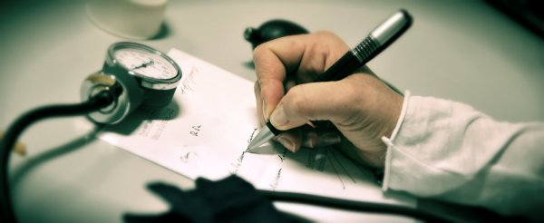 medici-tuttacronaca-pensioni-derivati