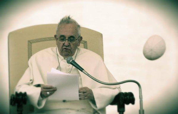 papa-francesco-papalina-tuttacronaca