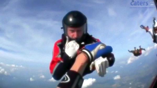 paracadutista-sviene-tuttacronaca
