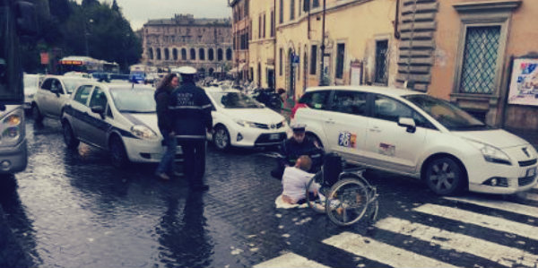 protesta-disabile-tuttacronaca